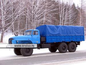 Автомобиль специальный, предназначенный для перевозки различных грузов и контейнеров типа 1С по всем видам дорог и отдельным участкам местности